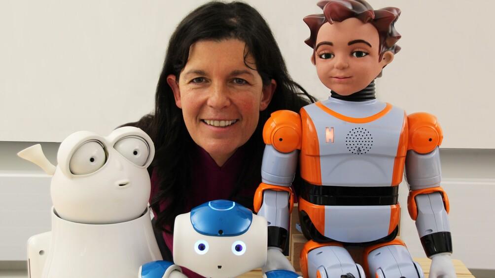 Link zum Arbeitsblatt Von Maschinen und Menschen – Interview mit der Roboterforscherin Elisabeth André